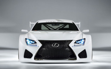 19834472015-lexus-rc-f-gt3-racing-003-1